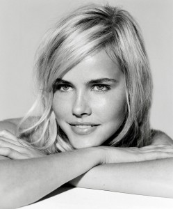 Isabel Lucas, Ausfilm, Talent