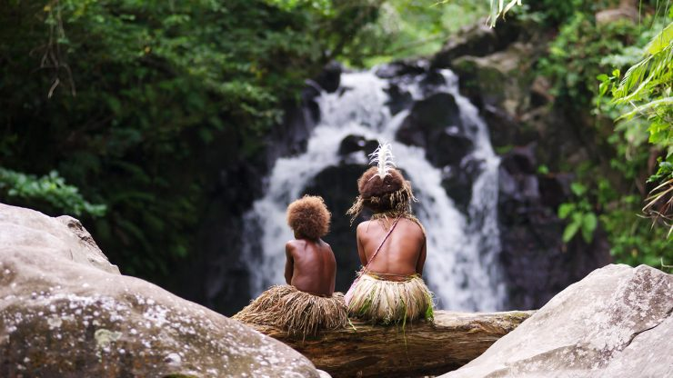 tanna-key-still-3-sisters-at-waterfall