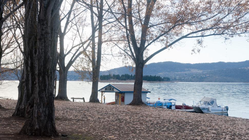 Lake Jindabyne in Fall